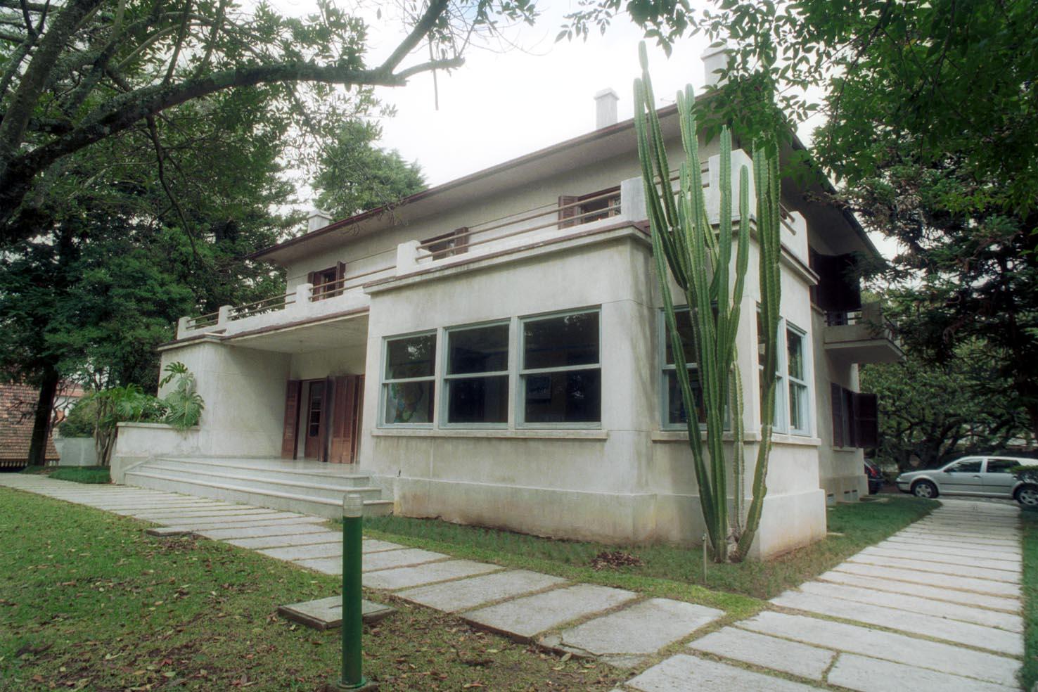 Casa Möller- fundos
