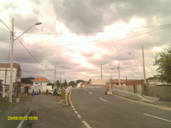 Binário Chile - Guabirotuba - execução de ponte sobre o Rio Belém - depois